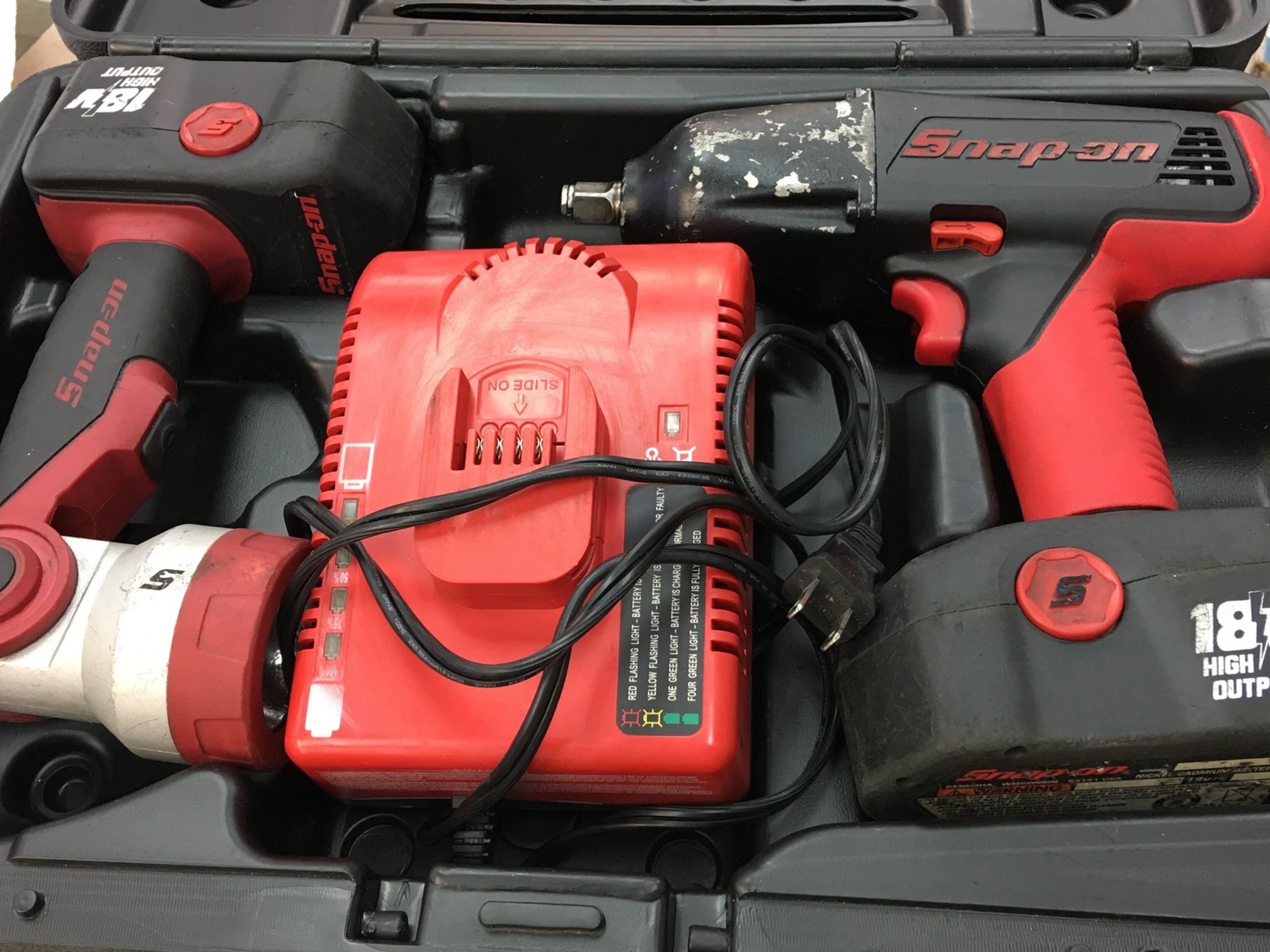 """Snap On 18v Lithium Cordless 1/2"""" Impact Wrench Drill W Flashlight 2x Batteries, Charger And Case!"""