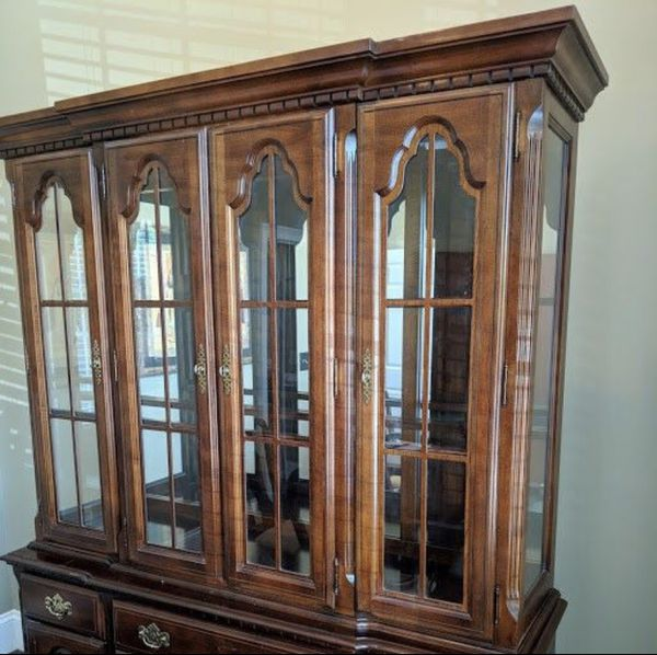 Antique Cabinet for Sale in Canton, GA - OfferUp