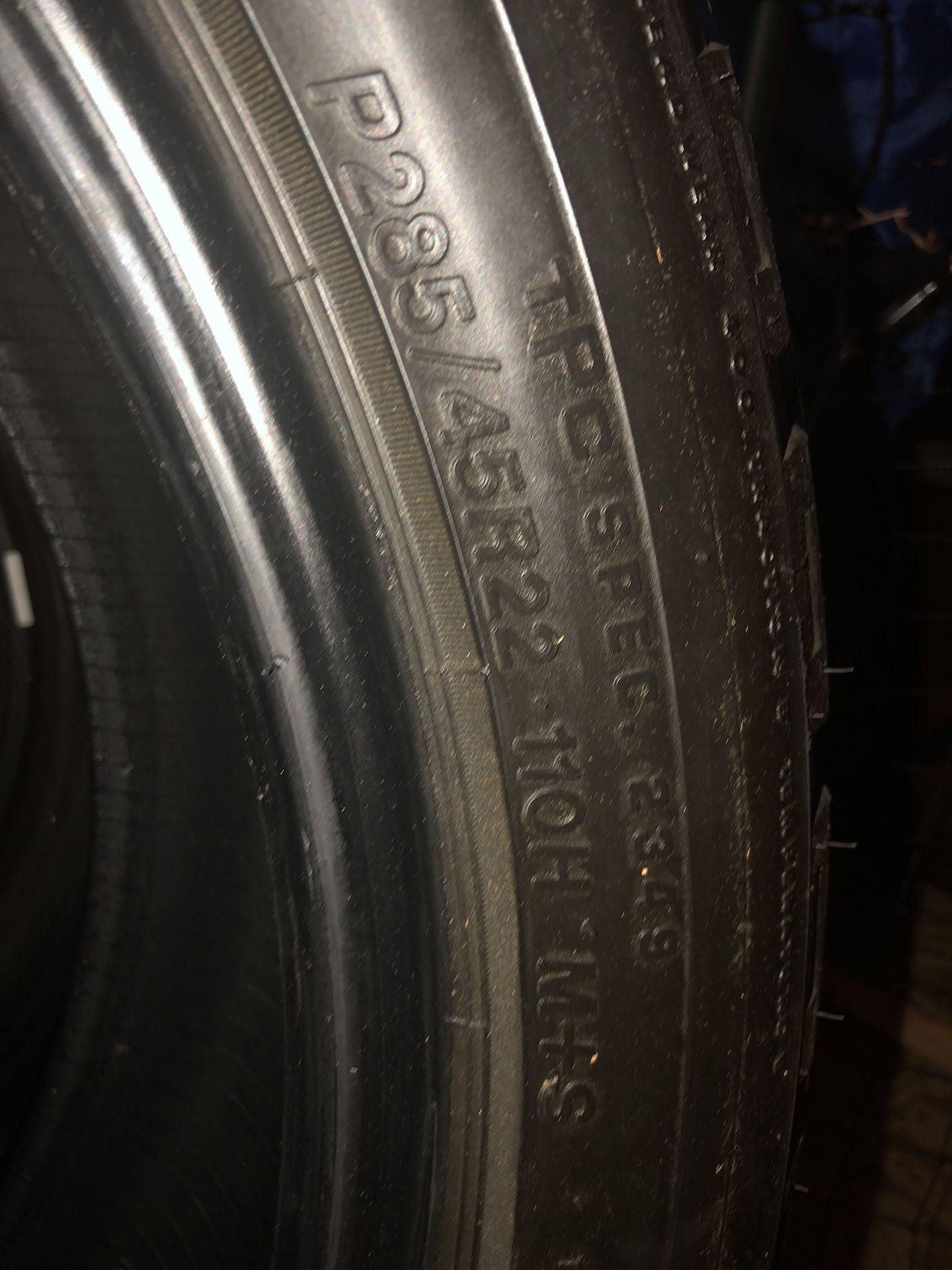 Dueler Bridgestone 22s off a GMC Denali $170