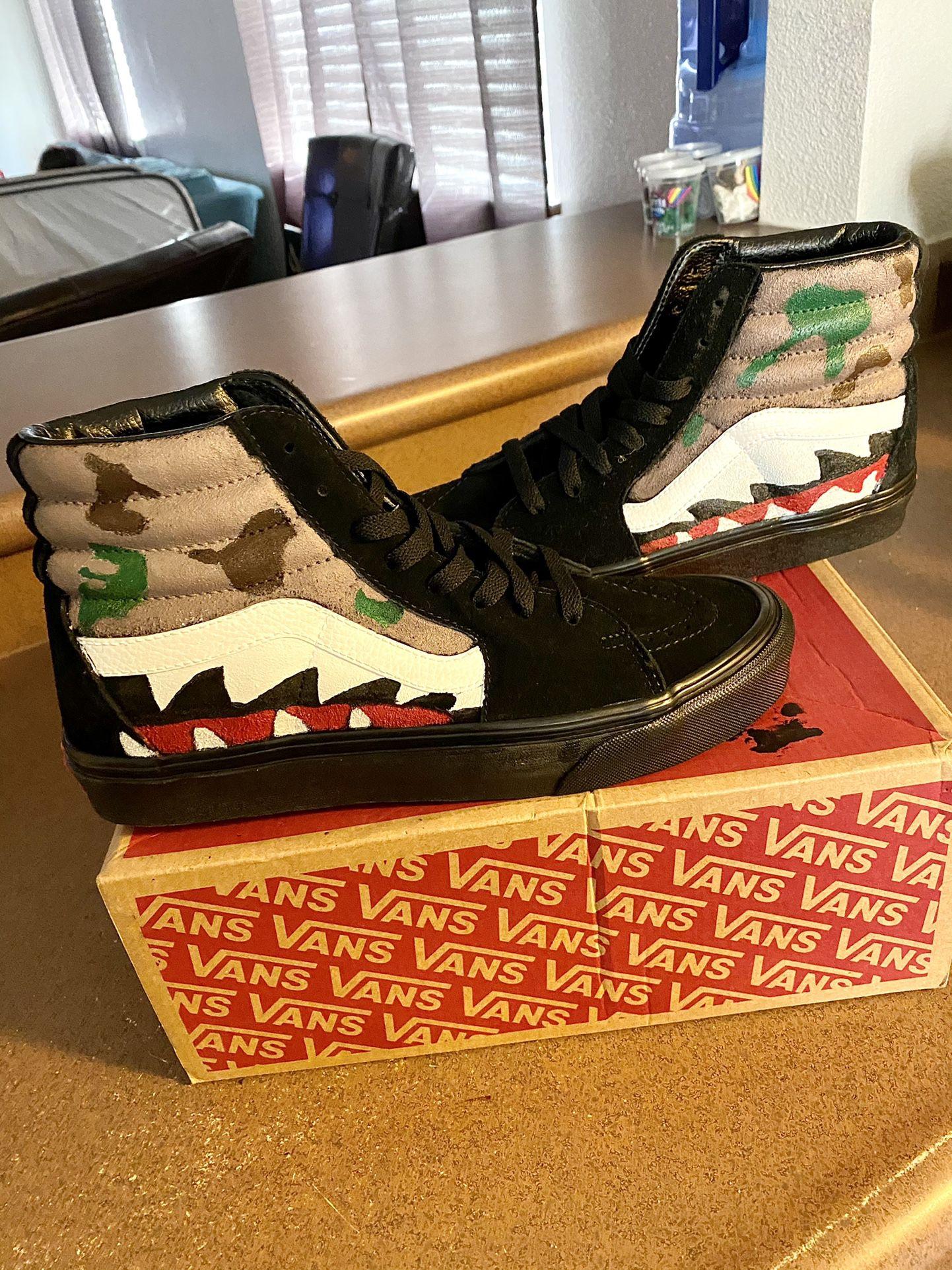 Men's Vans Shoes 👟 *Size 8* {NEW}