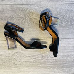Urban outfitters clear heels. Thumbnail