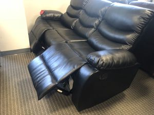 3 seater leather black recliner for Sale in Alexandria, VA