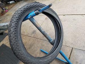 Photo Duro jumper bmx tires 20x2.35 $20 each