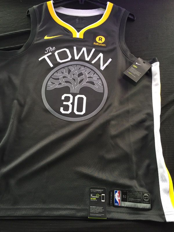 on sale d5976 08730 Golden state warriors the town for Sale in Oakland, CA - OfferUp