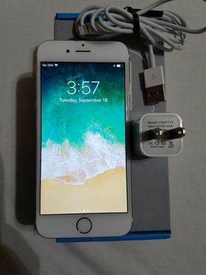 iPhone 6 64 GB gold GSM factory unlocked in good condition for Sale in Montpelier, MD