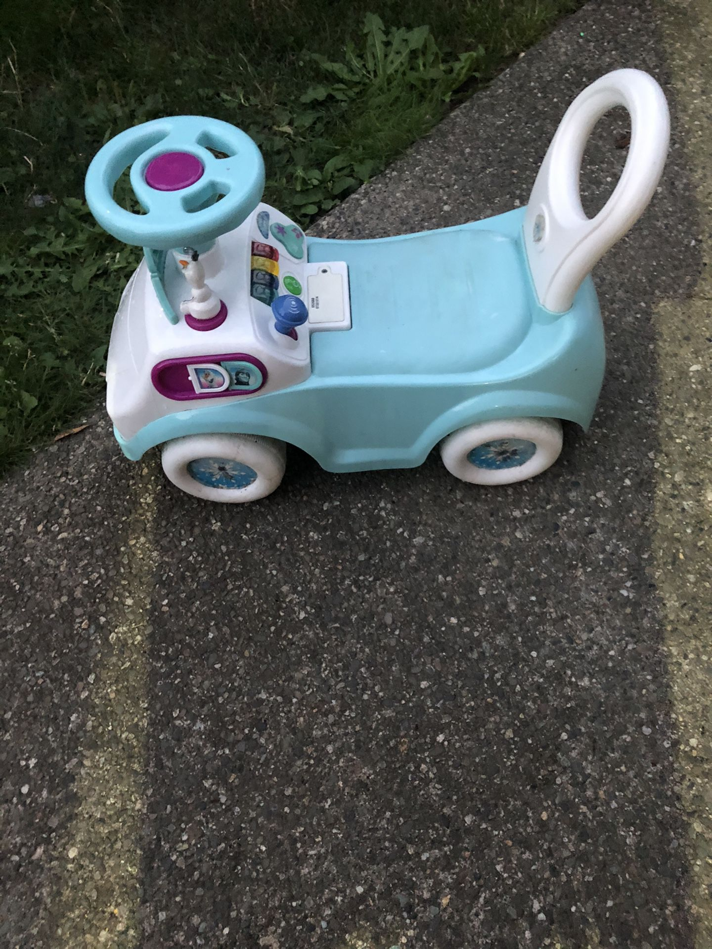 Frozen kids toy car