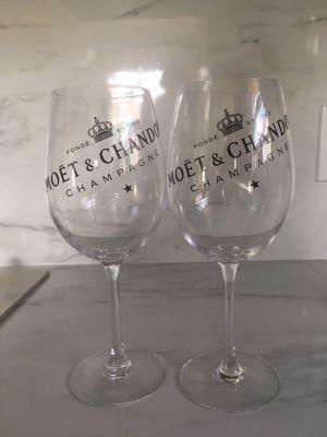 Set Moët champagne glass for Sale in Miami, FL