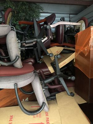 Office chairs and desks for Sale in Chantilly, VA