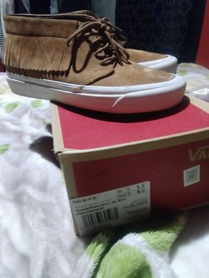 19a9bdd783c3 Womens brand new size 8 vans chukka moc  40 for Sale in Chicago