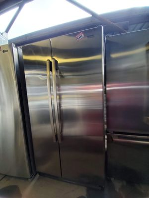 Photo Kenmore Side-by-side Stainless Steel