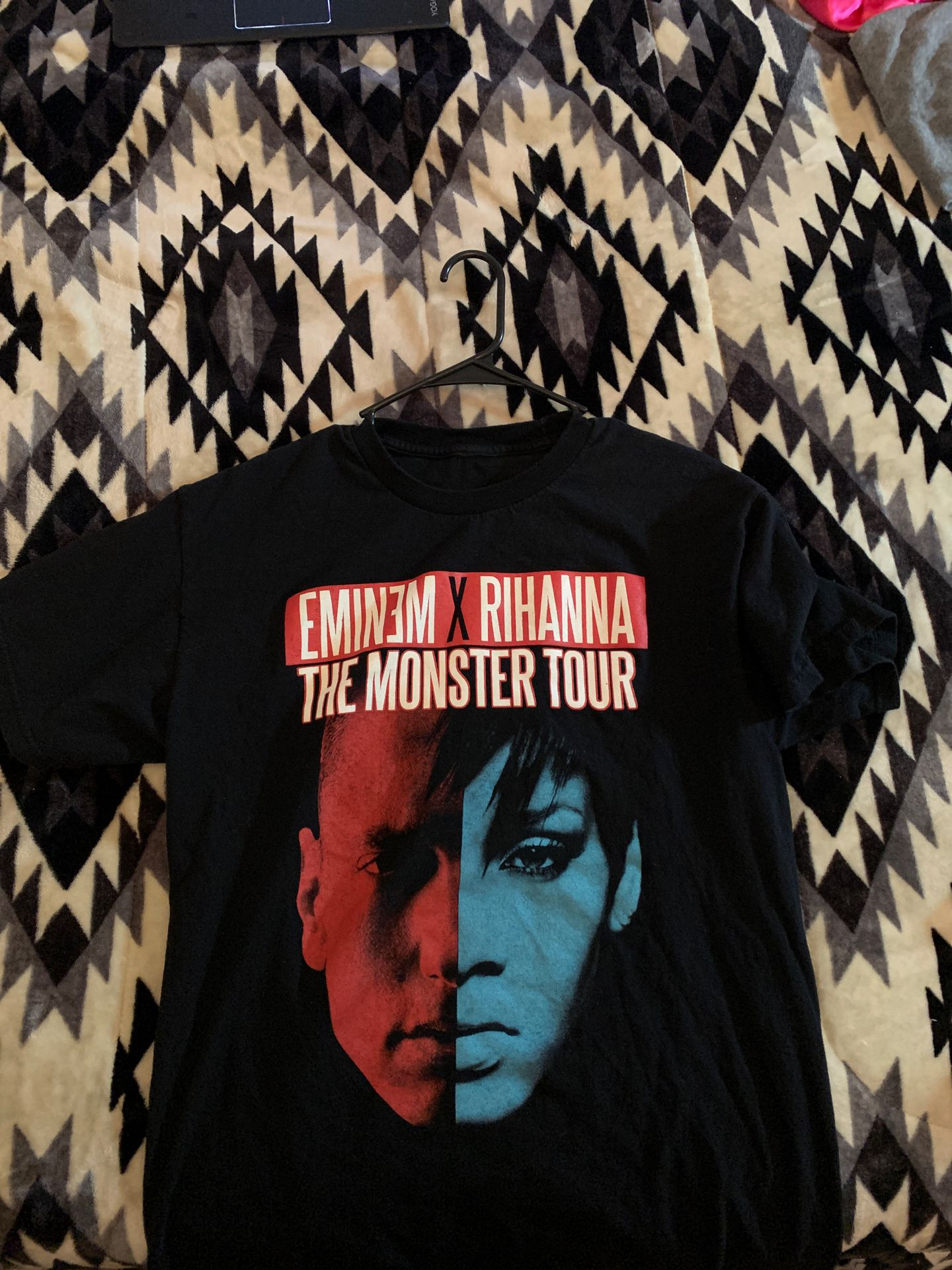T shirt Eminem x Rihanna tour tee size M
