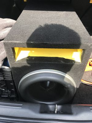 JL Audio Subwoofer and amplifier for Sale in Hyattsville, MD