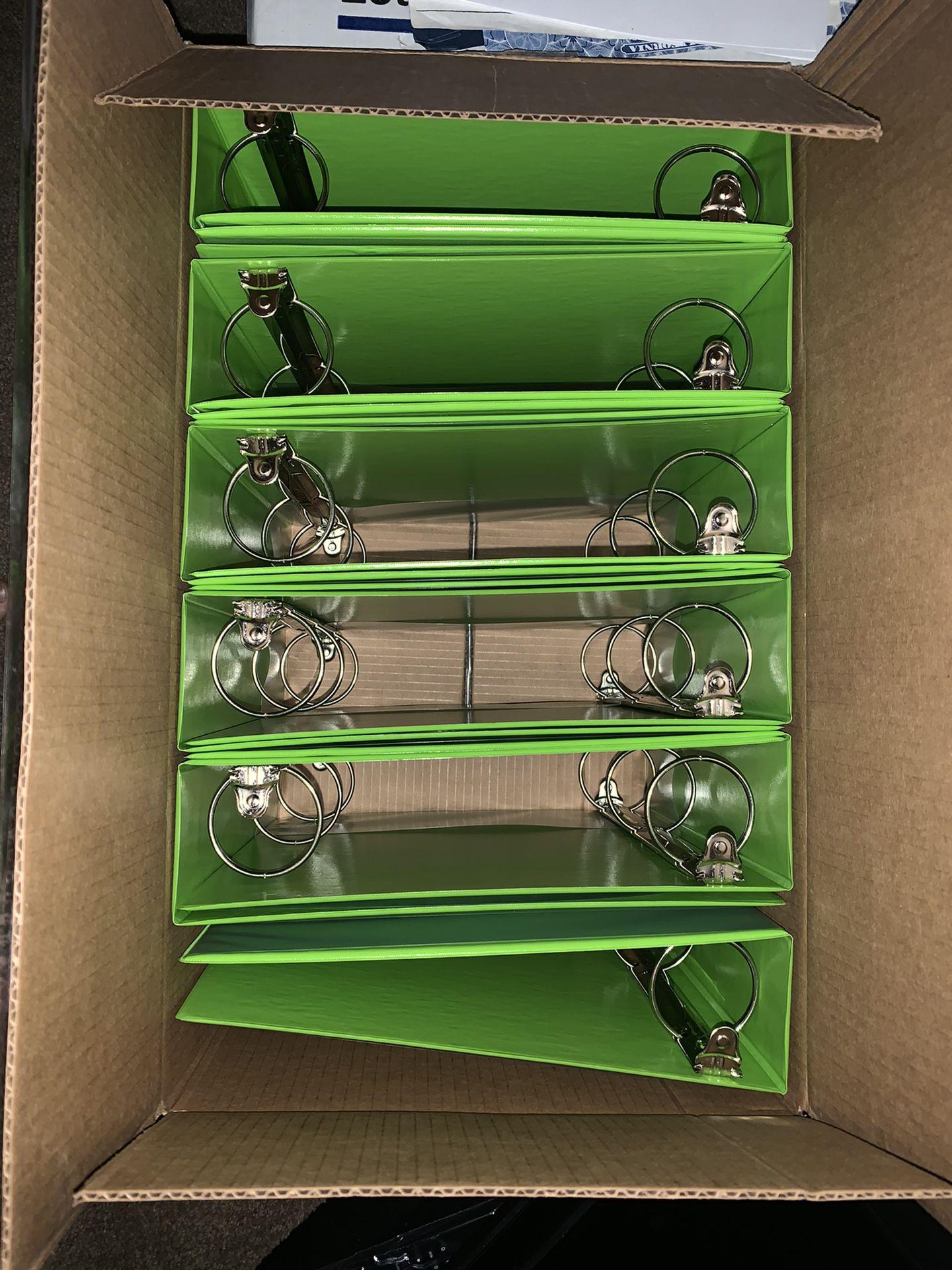 "New 3 Ring Binders, 3"", Green, Amazon basics"