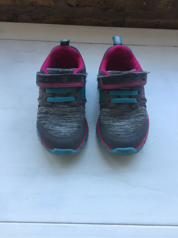 6acca9596638d Toddler girl shoes size 5 - Surprize by Stride Rite light up sneakers (Baby    Kids) in Chicago