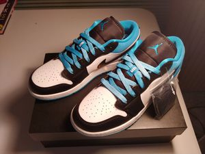 Photo (New) Jordan 1 Low