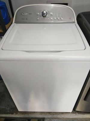 Photo Whirlpool Washer and Maytag GAS Dryer