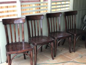 Photo Pottery Barn kitchen chairs (4)