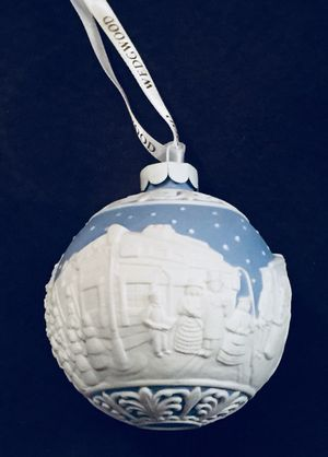 Christmas Carol Singers Ornaments.Collectibles Wedgwood Blue Jasperware Christmas Carol