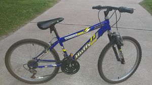 Young mans 18 speed Bike for Sale in Jeannette, PA