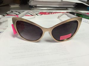 d9859a4675bfd New Juice Couture style SunGlasses for Sale in Glendora