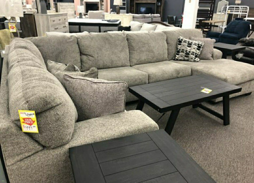 Paysandú Large Sectional with Chaise