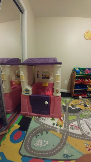 Princess playhouse house step 2 for Sale in Alexandria, VA