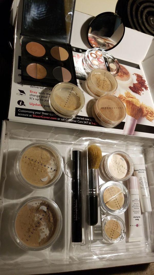Sheer Cover Makeup Kit plus extras.