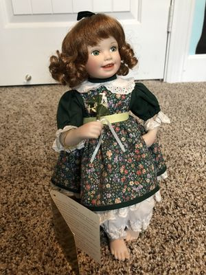 Porcelain Doll /Ceramic Statue (collectible figure, Irish, Caitlyn) for Sale in Mesa, AZ
