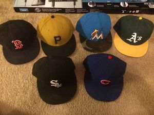 6 MLB 5950 fitted hats sized 7 1/2 for Sale in Scottsdale, AZ