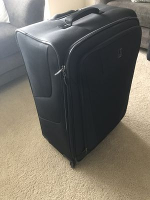 """29"""" Travel Pro Suitcase for Sale in Austin, TX"""