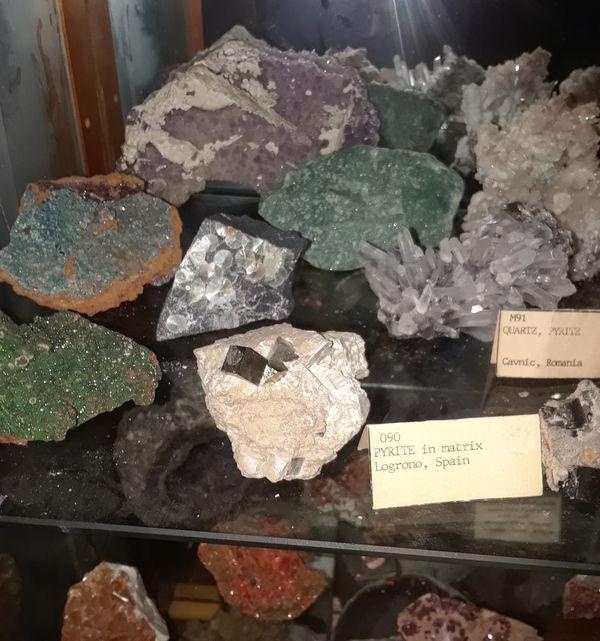 ☆Beautiful Rocks, Minerals, Natural Gems, Quartz Crystals, Geodes,  Fossils,& More for Sale in San Antonio, TX - OfferUp