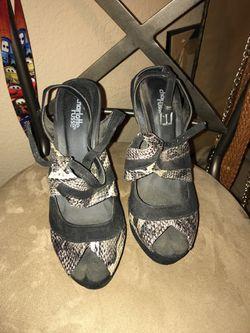 Cute heels Thumbnail