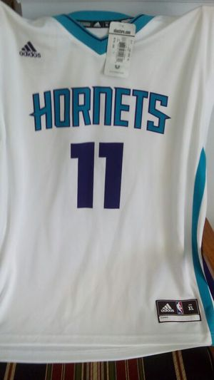 pretty nice b4284 bd3c5 Men Jersey , brand new Charlotte Hornets Jersey for Sale in Rock Hill, SC -  OfferUp