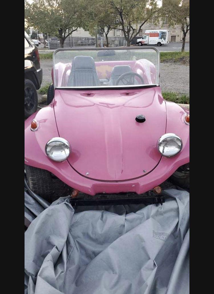 A 1970 Volkswagen dune buggy