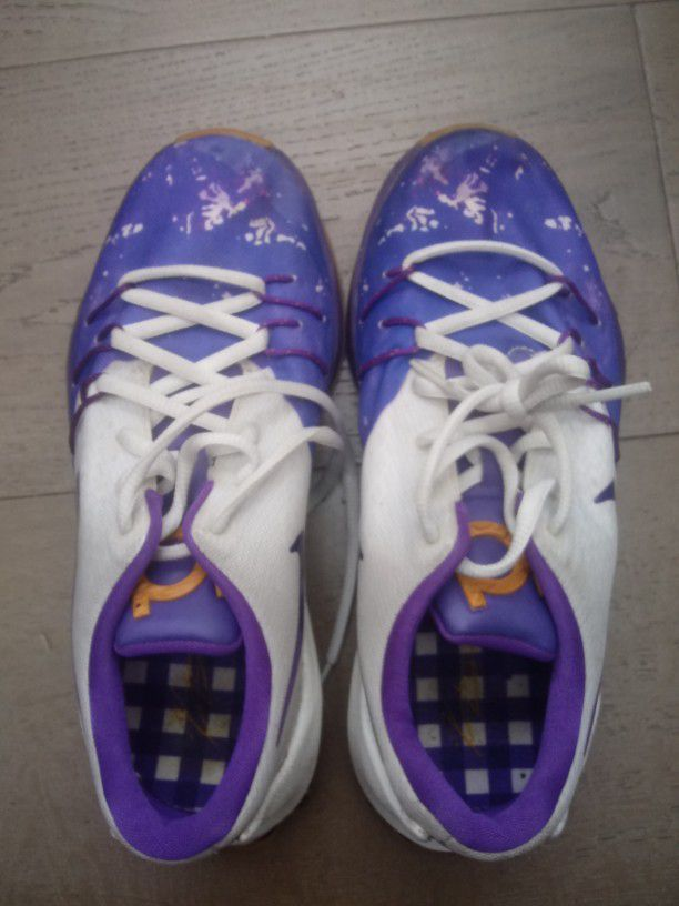 Kevin Durant Kd Sneakers 4.5 Us Y Like New