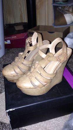 Tan wedge heels Thumbnail