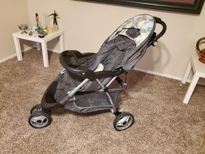 Photo Stoller, car seat and base/ coche, silla del carro y base
