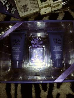 Perfume set Thumbnail