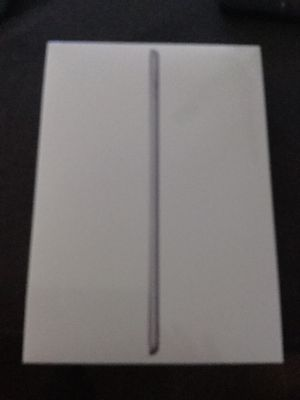 iPad 6th Generation 128GB New Factory Sealed for Sale in Lee's Summit, MO