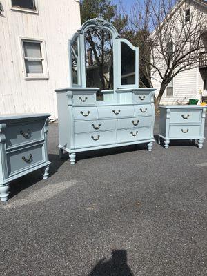 Photo 4 piece bedroom suite, dresser, chest, mirror, nightstands