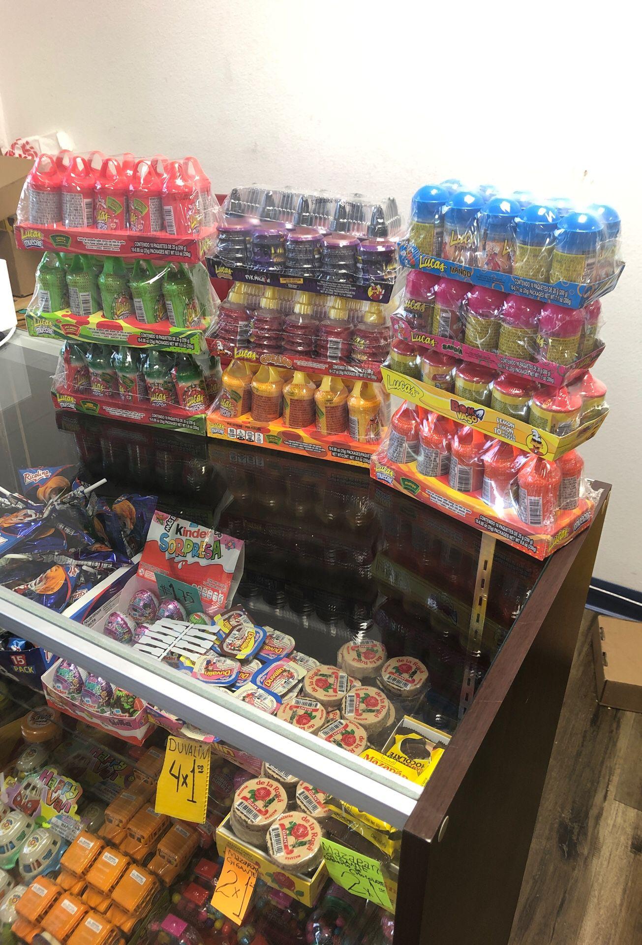 Variedad de dulces mexicanos