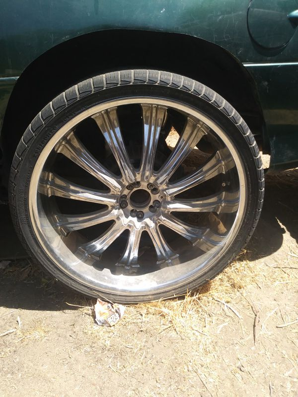 Used Car Dealerships In Des Moines >> 26-inch rims no cracks no dents no Wells with tires for ...