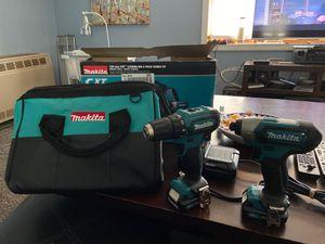 Photo Brand new 12v Makita drill /driver combo kit