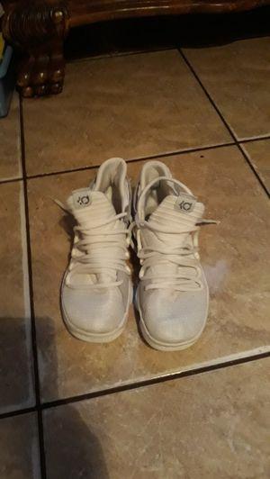 Photo Tenis shoes kevin duran