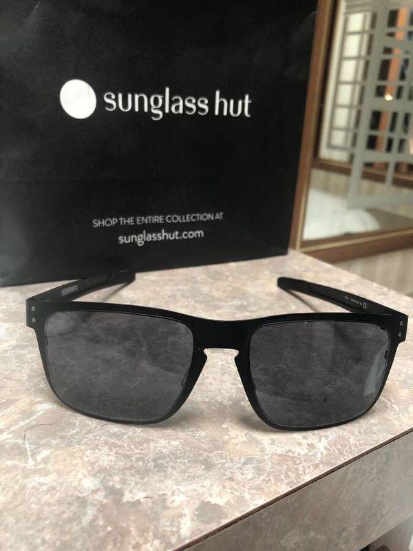 83aaeb2362 Oakley Holbrook metal sunglasses for Sale in Lexington