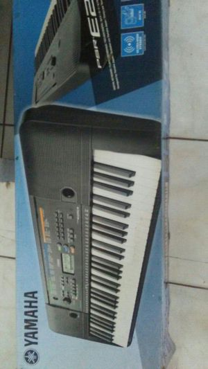 Yamaha Keyboard Piano for Sale in Kissimmee, FL