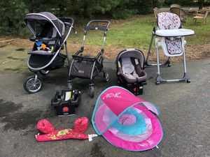 Car seat and high chair and two strollers for Sale in Warrenton, VA