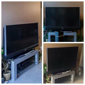 """57"""" Flat Screen 1080p JVC TV for Sale in Chicago, IL"""