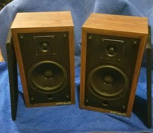 set of Polk audio shelf speakers for Sale in St. Louis, MO
