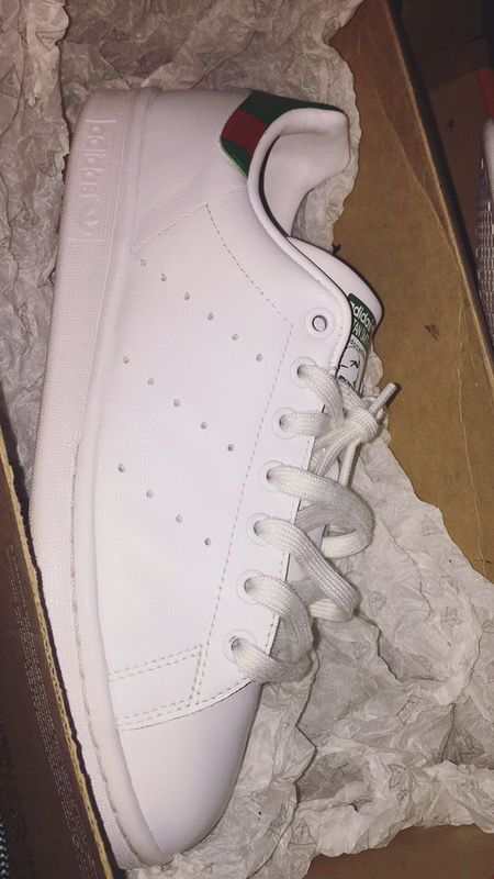pretty nice 688ca ef91c Adidas Stan Smith Gucci Customs for Sale in Los Angeles, CA - OfferUp